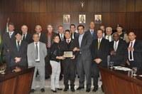 Câmara concede Título de Cidadania Honorária a Hamilton Siqueira