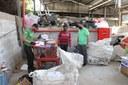 Câmara de João Monlevade entrega materiais recicláveis à Atlimarjom