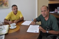 Contrato para reforma da Câmara de João Monlevade é assinado